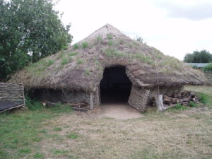 Bronze age dwelling at Flag Fen